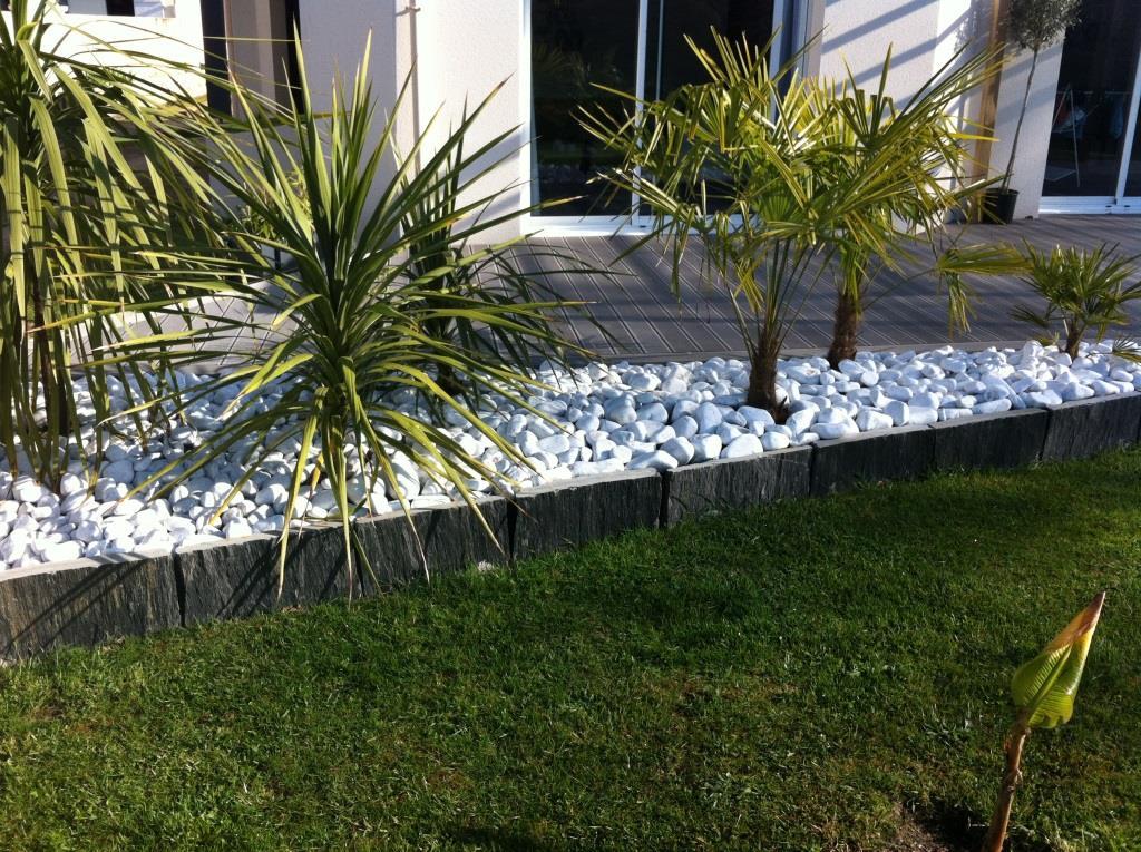 Galets et palis schiste mat riaux am nagement ext rieur for Bordure de jardin originale