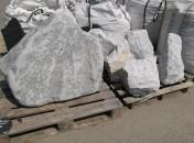 bloc marbre blanc et bloc granit